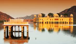 Maharaja Cab Golden Triangle Tour Package water Palace